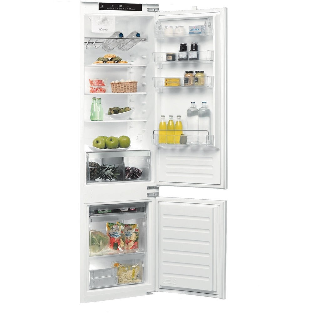 Whirlpool ART22880ASF Fridge Freezer