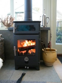 Chilli Penguin - The Hungry Penguin Stove